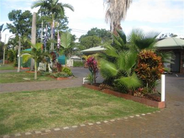 Beachmere Palms Motel - Melbourne Tourism
