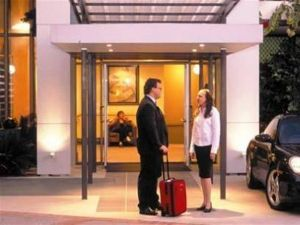 Quality Hotel Airport International - Melbourne Tourism