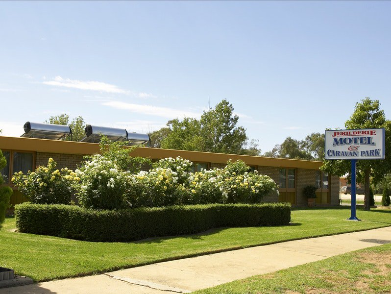 Jerilderie Motel and Caravan Park - Melbourne Tourism