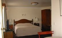 Country Comfort Tumut Valley Motel - Tumut - Melbourne Tourism