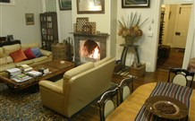 Araluen Old Courthouse Bed and Breakfast - Melbourne Tourism