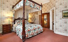 The Old George and Dragon Guesthouse - - Melbourne Tourism