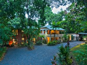 Red Mill House in Daintree - Melbourne Tourism