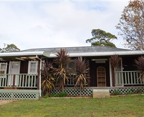 Old Whisloca Cottage - Melbourne Tourism