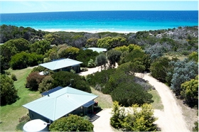 Sandpiper Ocean Cottages - Melbourne Tourism