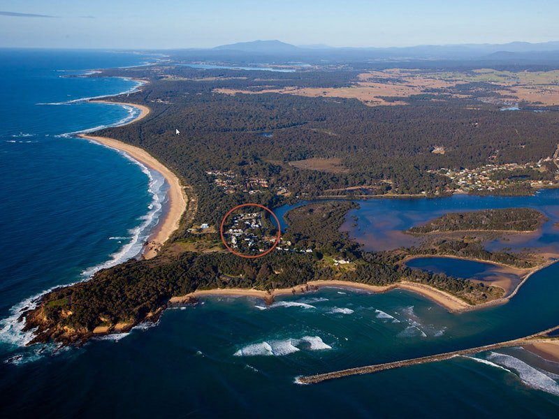Moruya South Heads Beach Cabin - Melbourne Tourism