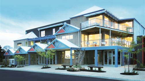The Island Accommodation - Phillip Island YHA - Melbourne Tourism