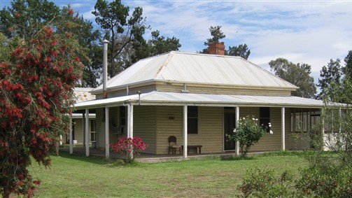 Savernake Farmstay - Melbourne Tourism