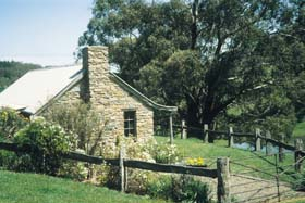 Adelaide Hills Country Cottages - Gum Tree Cottage - Melbourne Tourism
