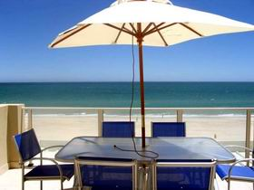 Adelaide Luxury Beach House - Melbourne Tourism