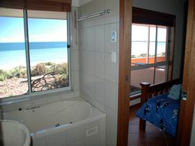 Ceduna Shelly Beach Caravan Park and Beachfront Villas