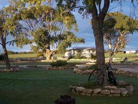 Coodlie Park Farm Retreat - Melbourne Tourism