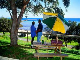 Moonta Bay Caravan Park Cabins - Melbourne Tourism