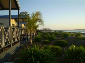 Port Broughton Caravan Park - Melbourne Tourism