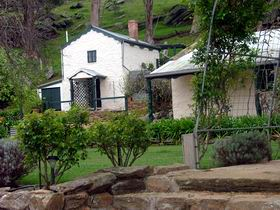 Stoneybank Settlement Cottages - Melbourne Tourism