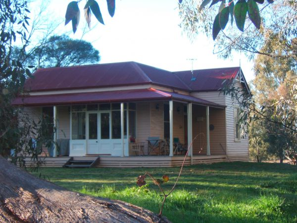 Baranduda Homestead BB Cottages - Melbourne Tourism