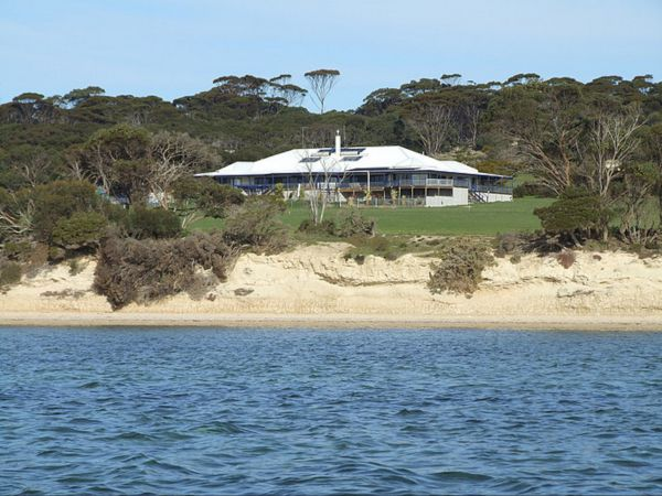 Doyles on the Bay Kingscote