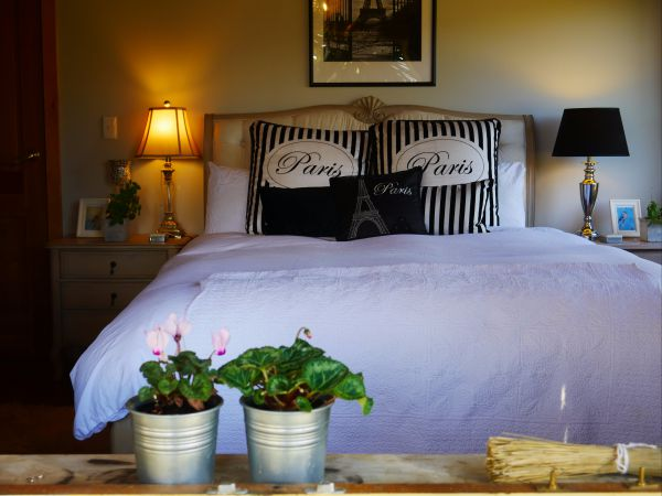 La Perrie Chalet Bed and Breakfast - Melbourne Tourism