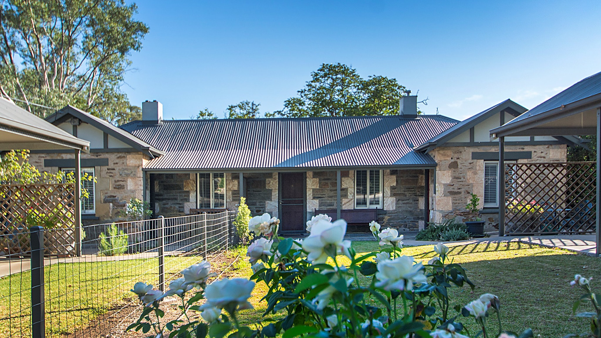 Stoneleigh Cottage Bed and Breakfast - Melbourne Tourism