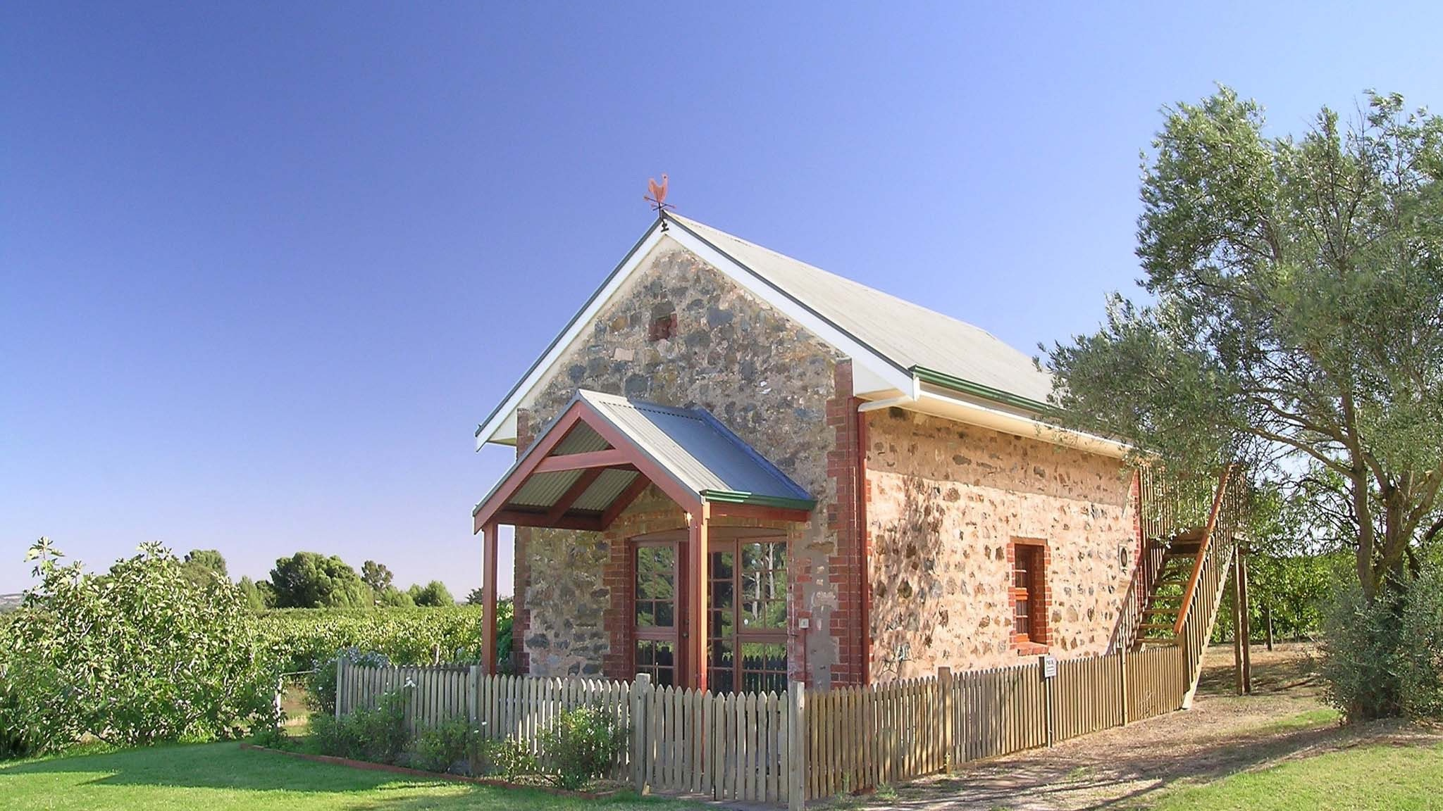 Strathlyn Bed and Breakfast - Melbourne Tourism