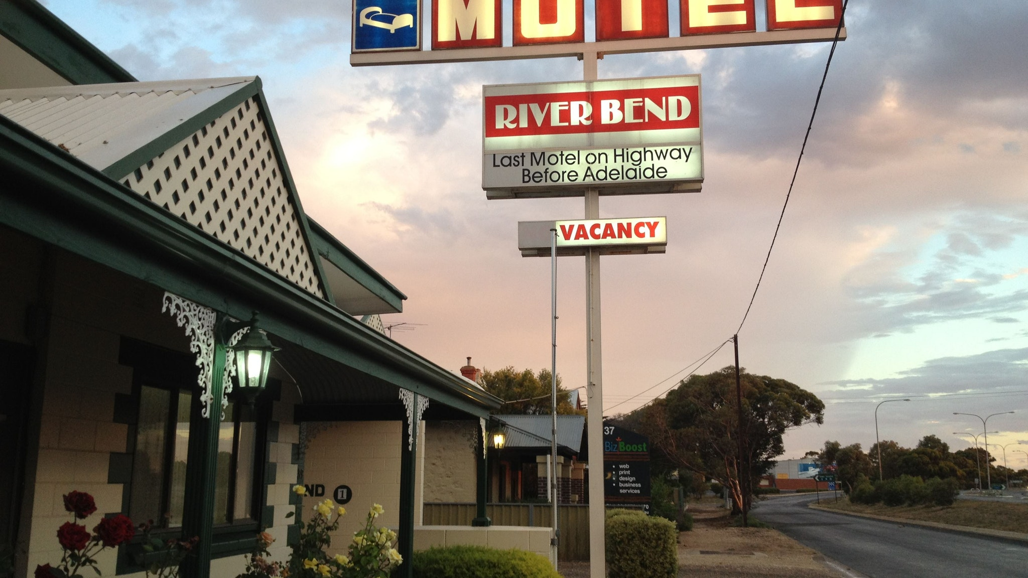 Motel Riverbend - Melbourne Tourism