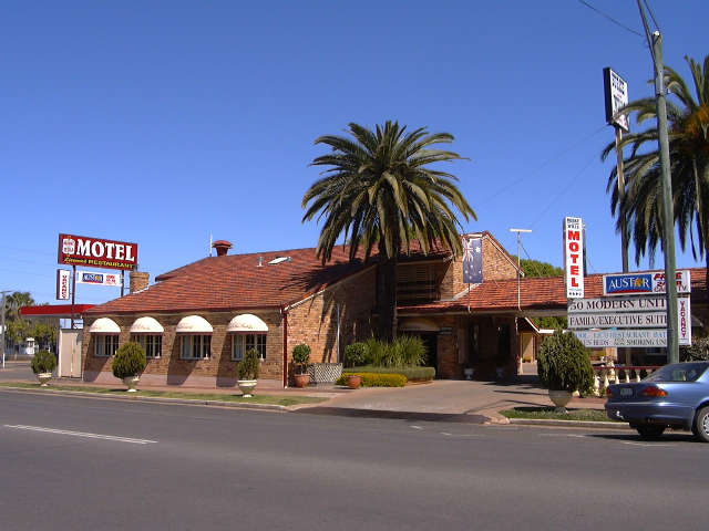 Burke  Wills Motor Inn - Melbourne Tourism