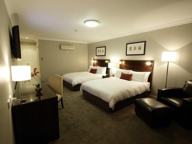 Carlyle Suites  Apartments - Melbourne Tourism