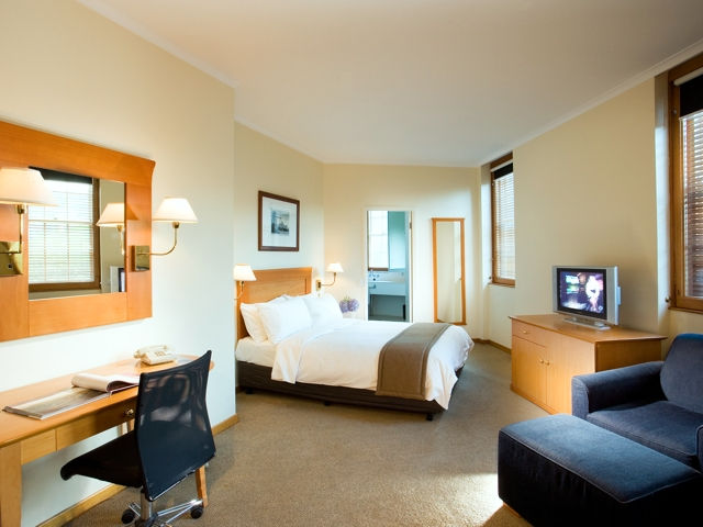 Holiday Inn Old Sydney - Melbourne Tourism