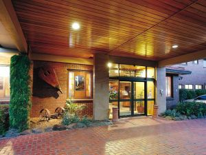 Hotel Bruce County - Melbourne Tourism