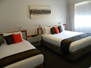 Orana Windmill Motel - Melbourne Tourism