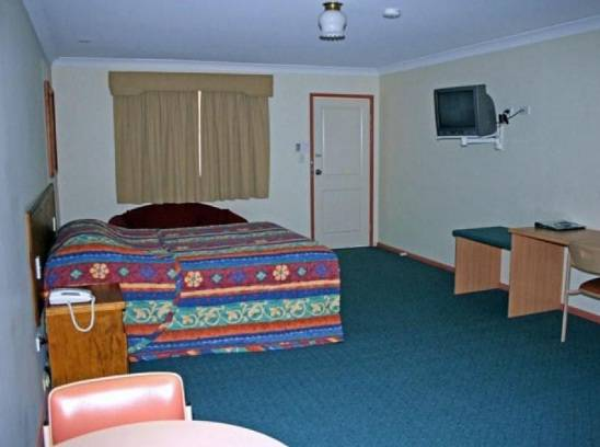 Overlander Motor Lodge - Melbourne Tourism