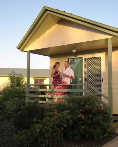 Pepper Tree Cabins - Melbourne Tourism