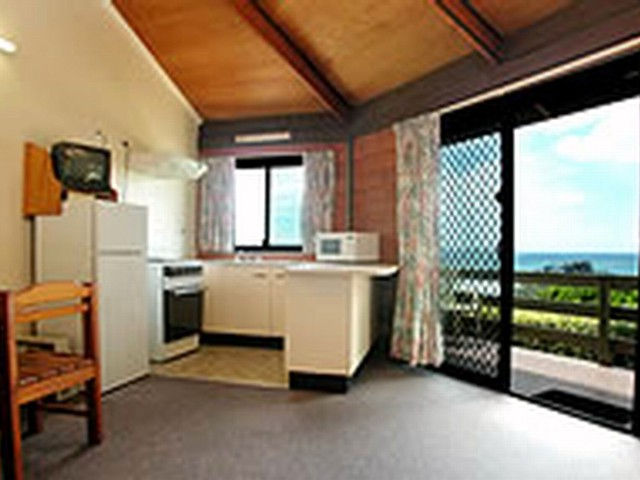 Shelly Beach Cabins - Melbourne Tourism