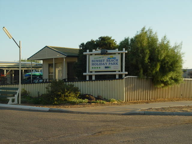 Sunset Beach Holiday Park - Melbourne Tourism