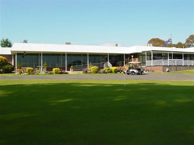 Tenterfield Golf Club and Fairways Lodge - Melbourne Tourism