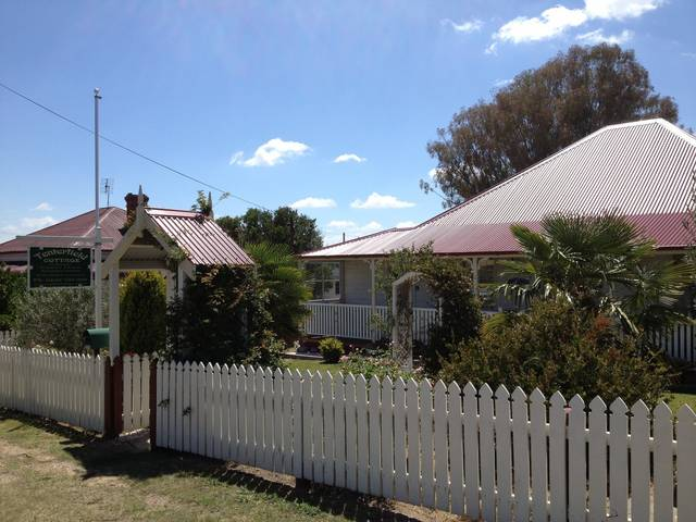 Tenterfield Luxury Historic c1895 Cottage - Melbourne Tourism