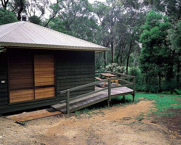Twin Falls Bush Cottages - Melbourne Tourism