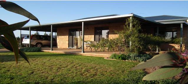 Welcome Cottage Executive Serviced Accommodation - Melbourne Tourism