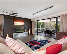 Absolute Waterfront Rainforest Apartment - Melbourne Tourism