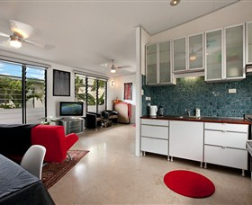 Beachside Tropical Retreat - Melbourne Tourism