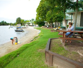 Maroochy River Resort and Bungalows - Melbourne Tourism