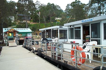 Clyde River Houseboats - Melbourne Tourism