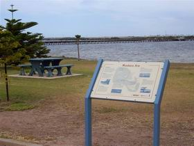 Port Broughton Historic Walking Trail - Melbourne Tourism