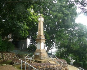 Ithaca War Memorial and Park - Melbourne Tourism