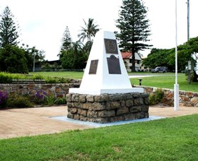 Dunwich War Memorial - Melbourne Tourism
