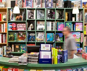 Lorne Beach Books - Melbourne Tourism