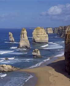 Twelve Apostles Marine National Park - Melbourne Tourism