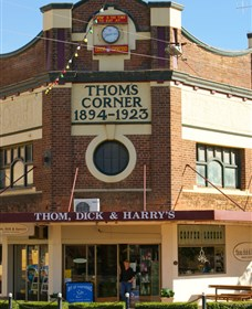 Thom Dick and Harrys - Melbourne Tourism