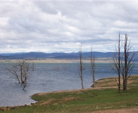 Lake Eucumbene - Melbourne Tourism