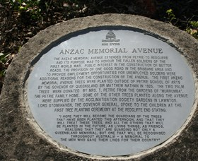 Anzac Memorial Avenue Redcliffe - Melbourne Tourism